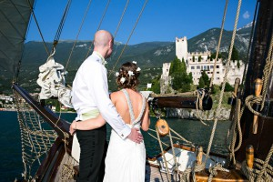boats-romantic-weddings-on-lake-garda